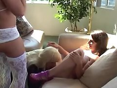 Shorty n tgirl blow cock of shemale